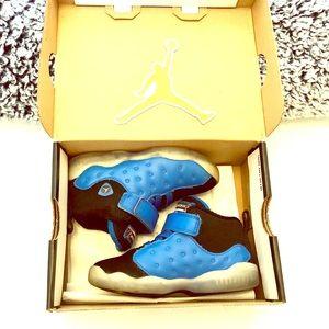 Nike Air Jordan Jumpman Team size 9